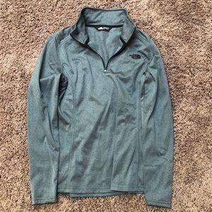 NWOT North face quarter zip!